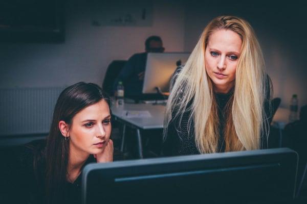 Talking at a computer screen