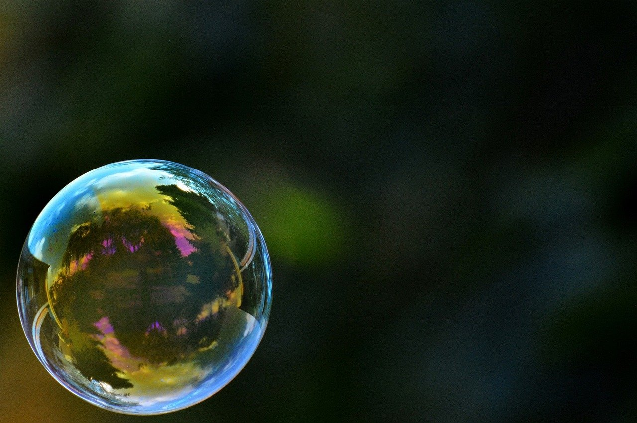 For a more productive commute stay in touch with your bubble